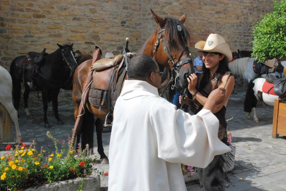 Bénédiction_des_chevaux-Collégiale-Saint-Gaudens©2015FCpcpc