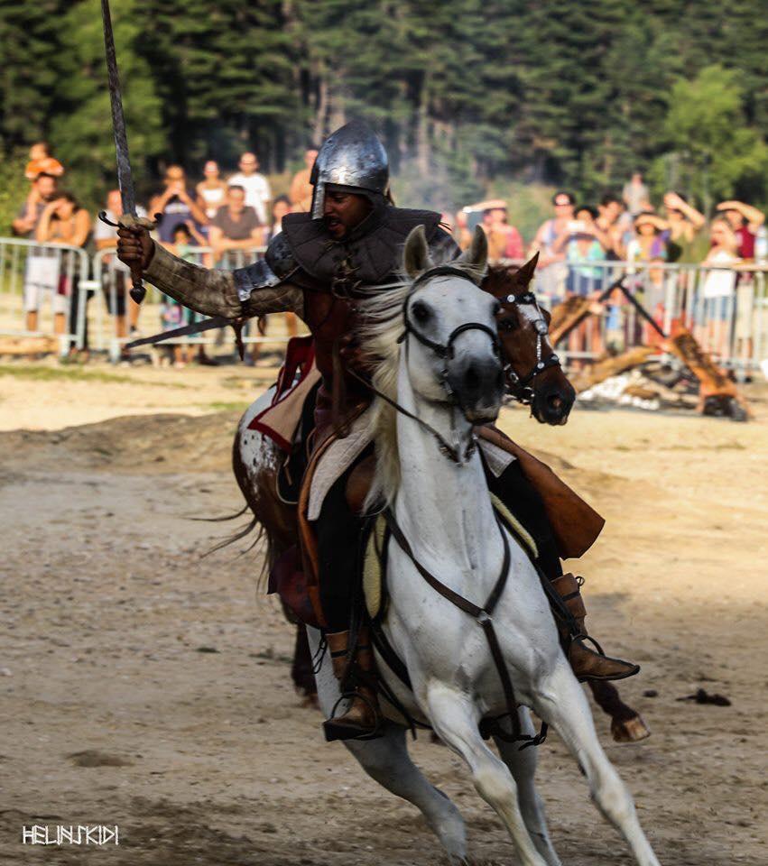 Les-Cavaliers-Zakar-2019-Saint-Ferréol-©Helinskidi