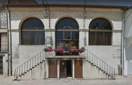 Mairie-Salies-du-Salat-31260